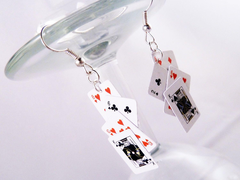 Casino earrings casino schaffhausen poker