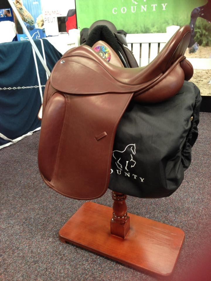 Pin By Luiz Augusto Juca On Dressage Saddle Saddles Horse Saddles Dressage Saddle