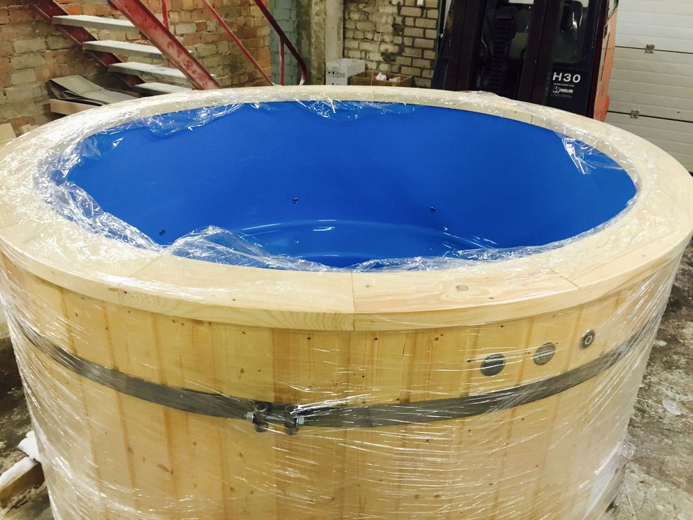 Fibreglass wooden hot tub wood fired or electric spa with