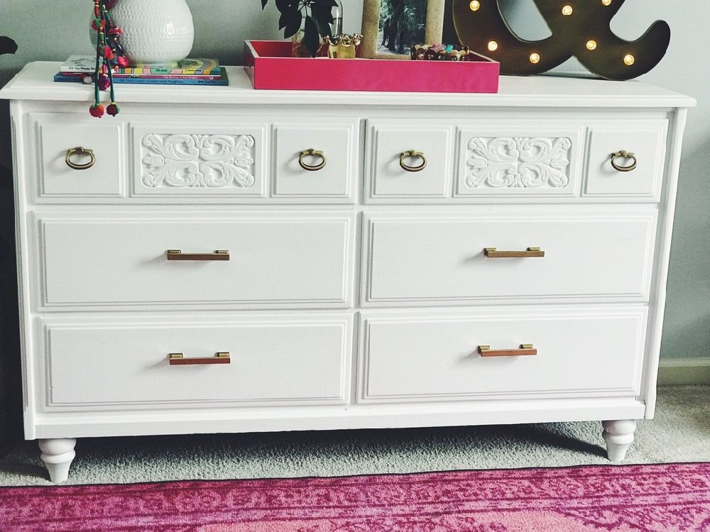 Painted Dresser White Dresser Diy Painted Dresser Country Chic Paints Painting Over Oil Based Paint God Hard Painted Dresser Chalk Paint White Chalk Paint