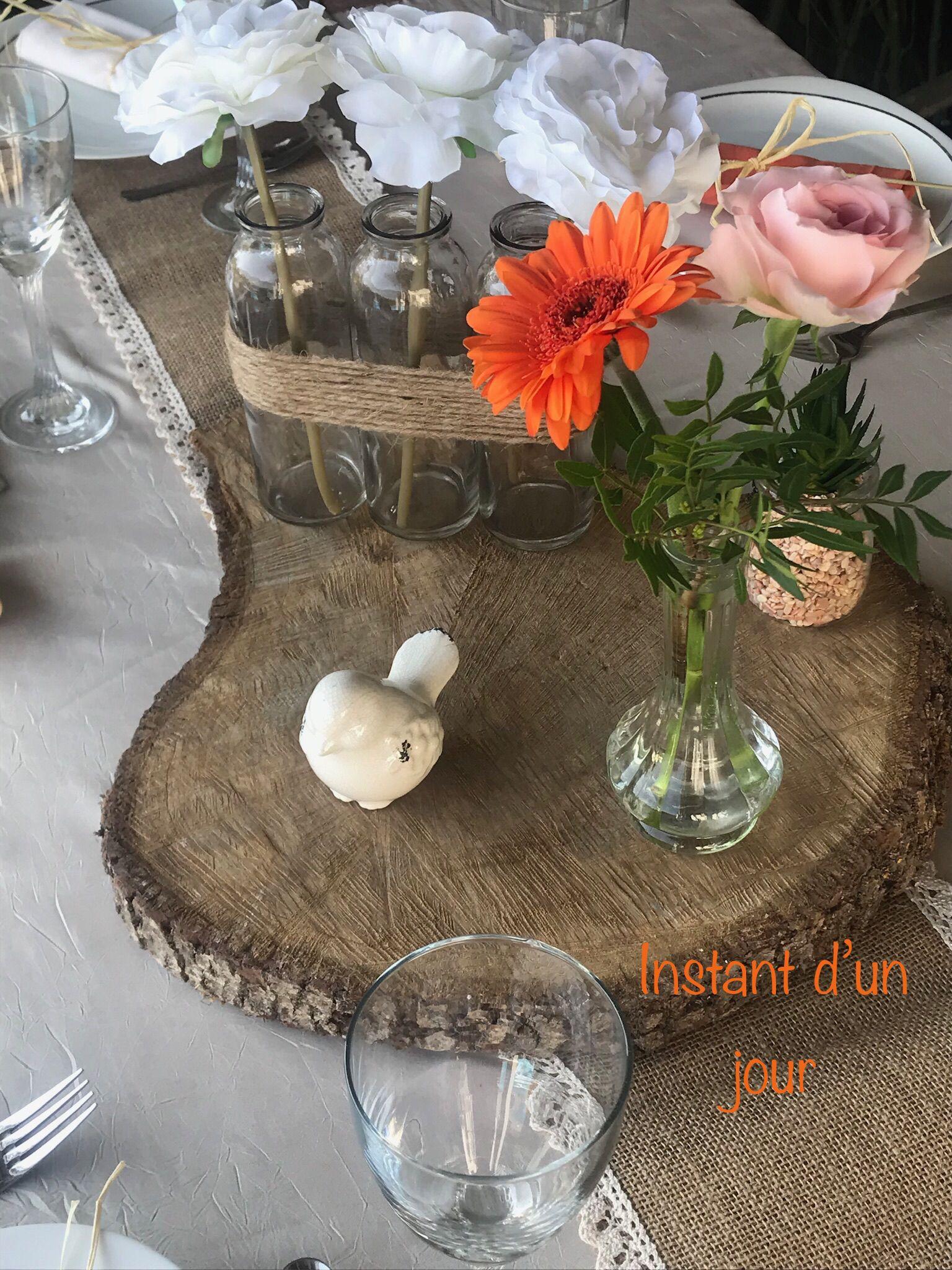 Centre De Table Avec Rondin De Bois Et Fleurs Champetre Centre