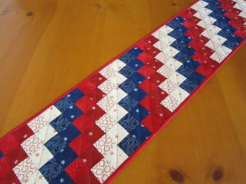 quilted table runner patriotic quilts pinterest quilted table rh pinterest com