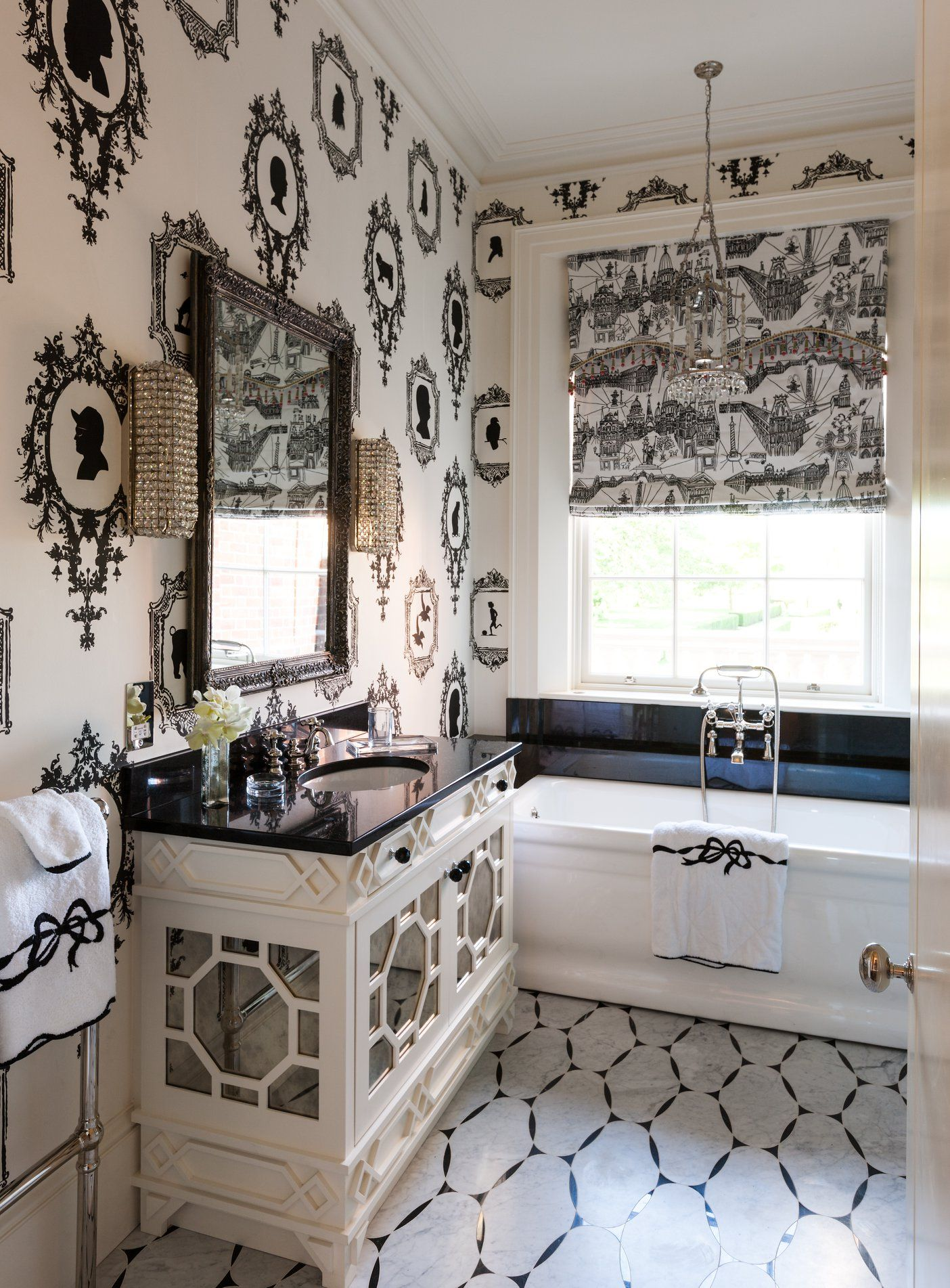 a small space with a big story this london bath room