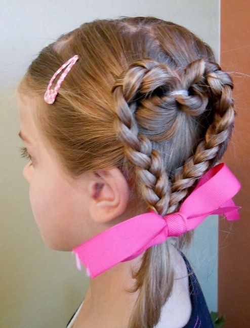 簡単可愛い女の子のヘアスタイル 子供 女の子 髪型 アレンジ