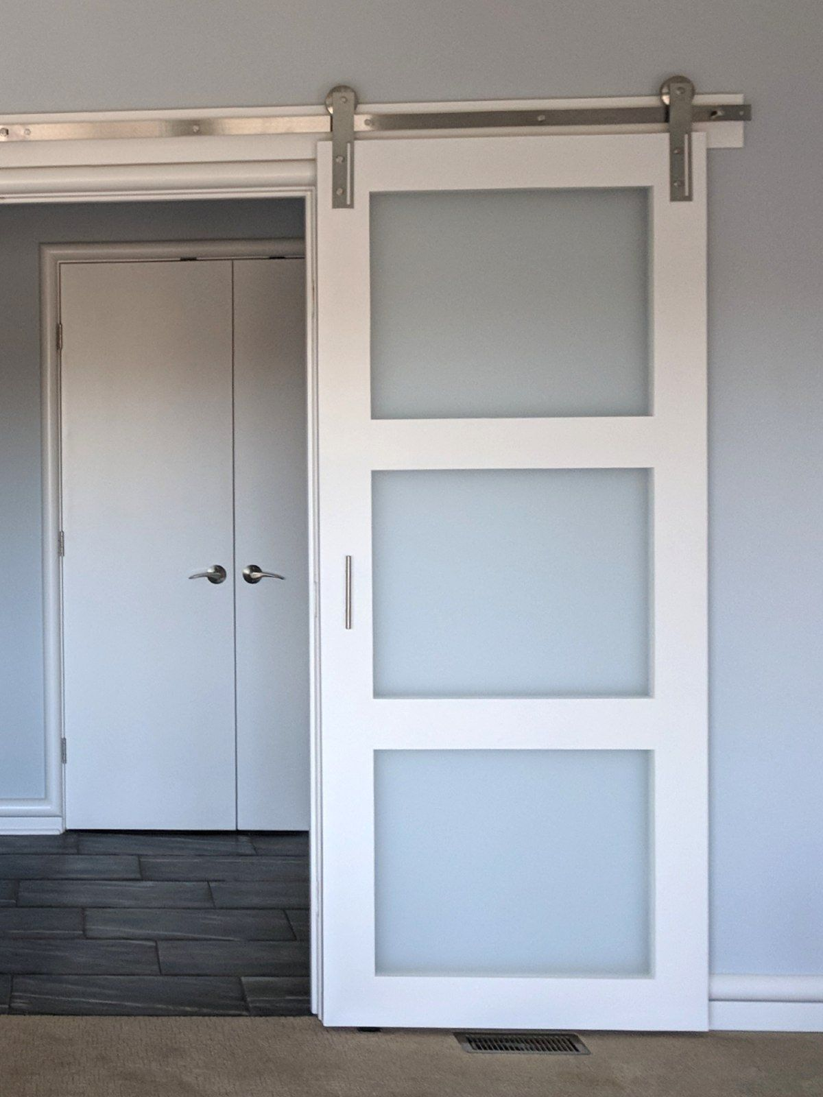 Hand Made And Painted Interior Sliding Glass Barn Door All Hardware Is Included In Price Fits A Stand Glass Barn Doors Garage Door Design Interior Barn Doors Sliding glass barn doors interior