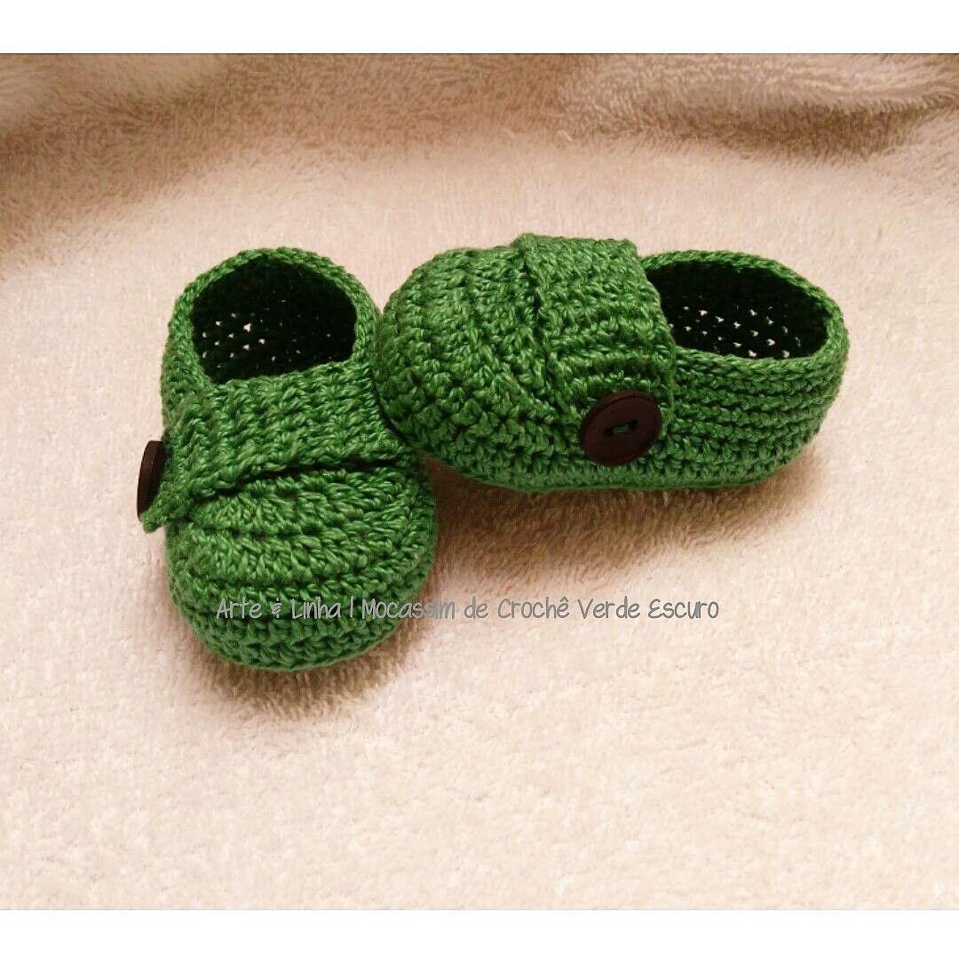 05842dd824 Mocassim de Crochê Verde artelinharj gmail.com Instagram  croche artelinha  Whatsapp 62 9 81464188