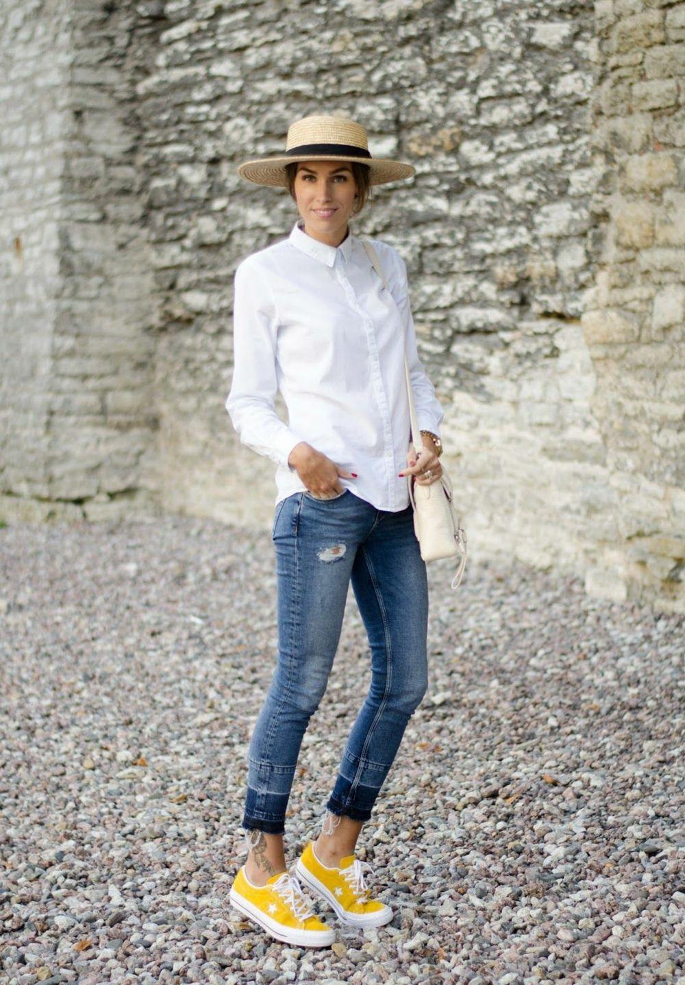 Gelbe Schuhe und das passende Outfit sorgen für einen