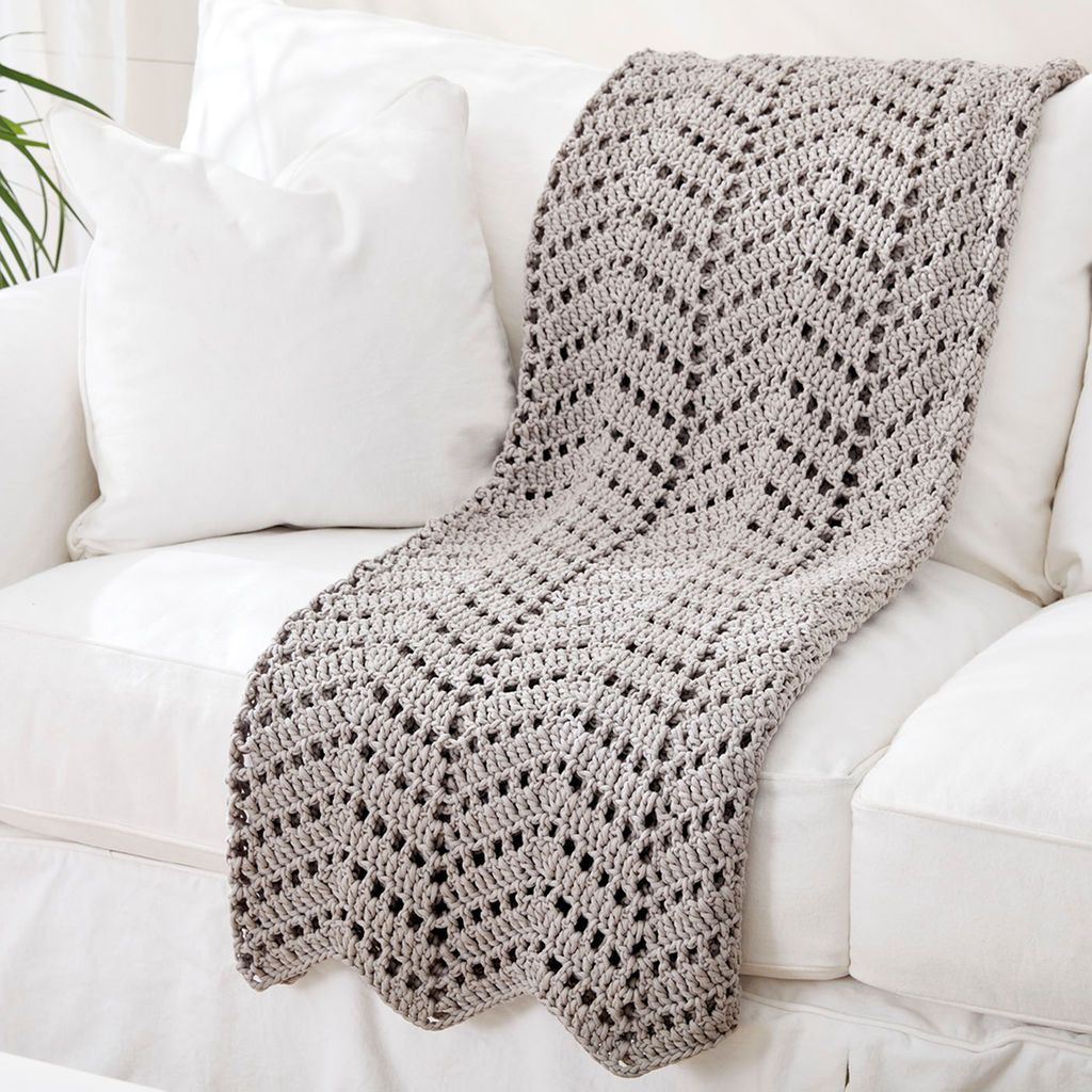 Bernat® Maker Home Dec™ Ripples in the Sand Crochet Afghan | Manta ...