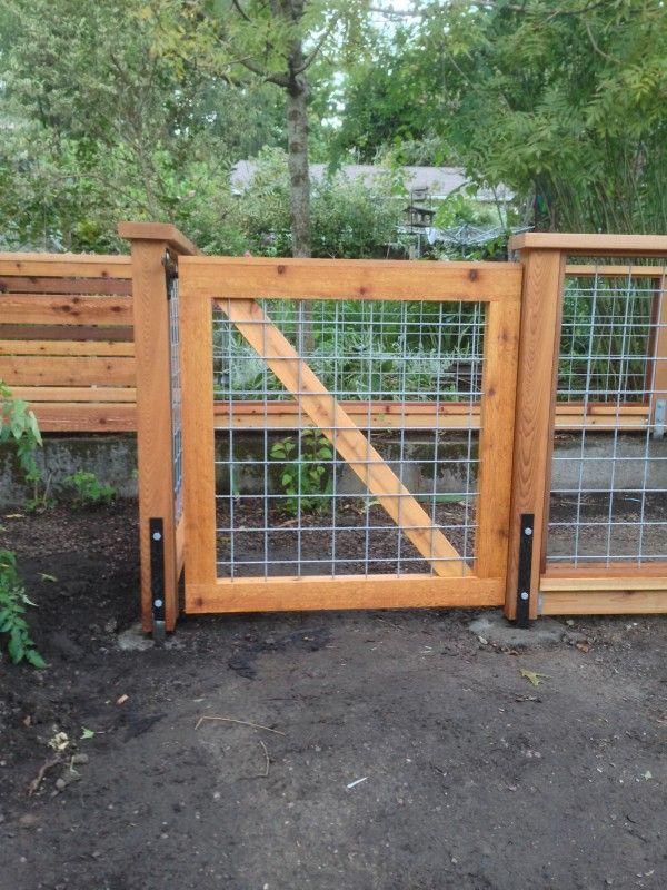 Cedar deck with hog panel railing Hog panel cedar gate Deck