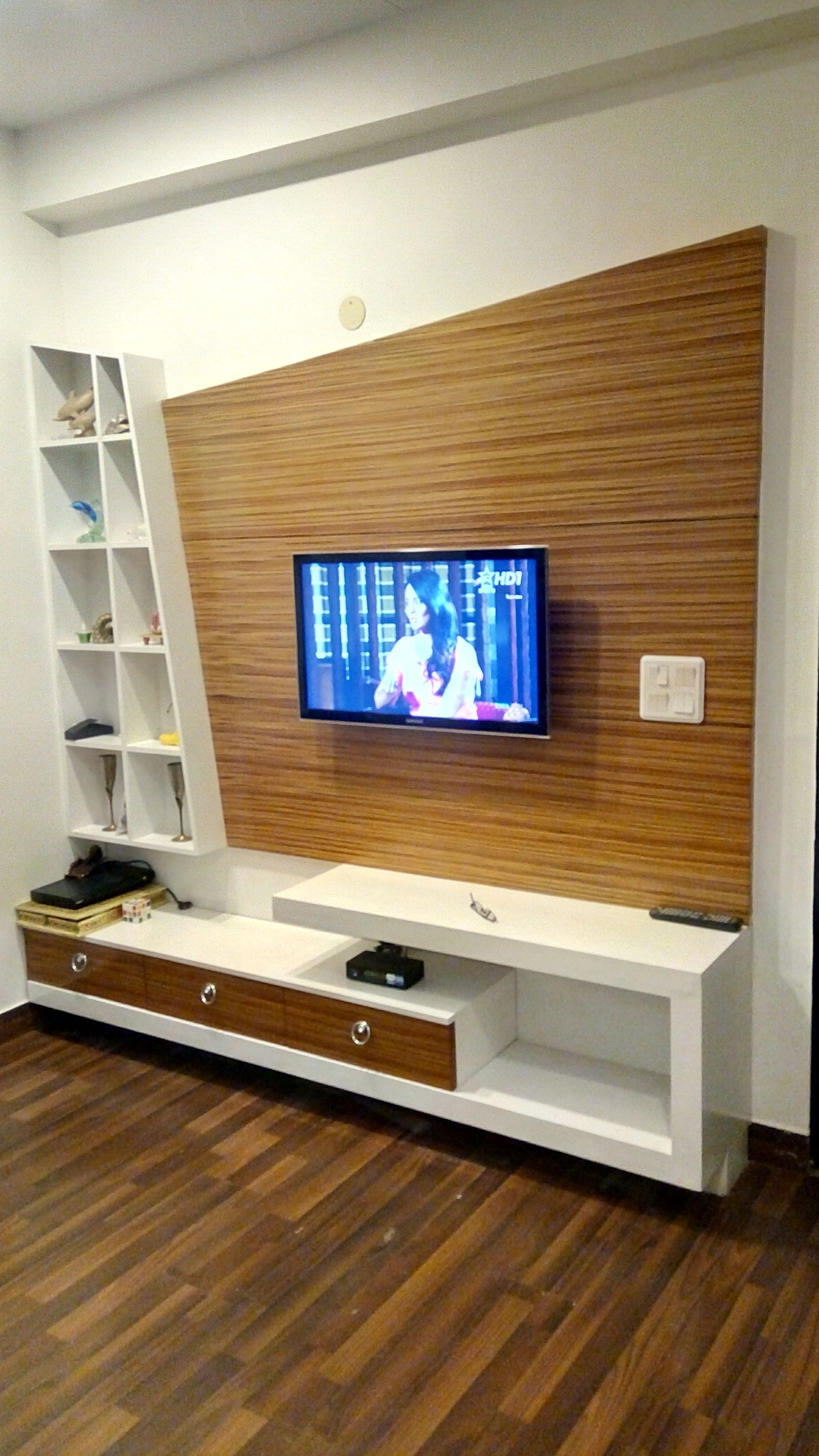 Lcd Panel Design Tv Unit Design Tv: Pin By ShUffLe DeSizN On L.E.D (With Images)