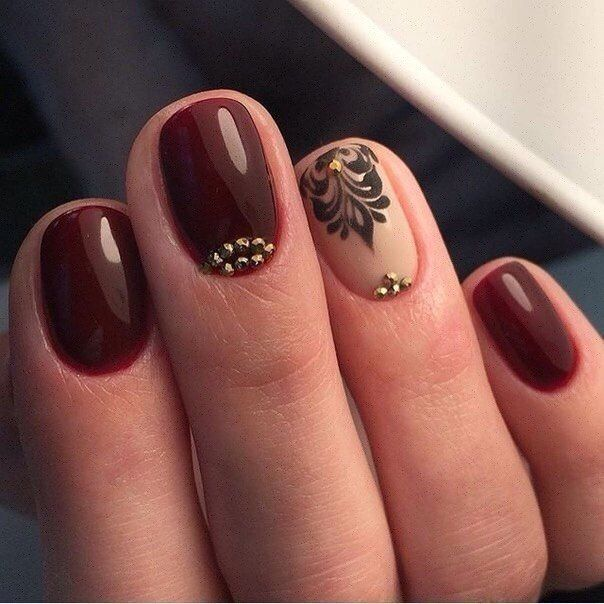 Beautiful nails 2017, Beige nails with black pattern, Burgundy nails ideas, Evening dress nails, Evening nails, Maroon shellac, Nails ideas 2017, Nails trends 2017
