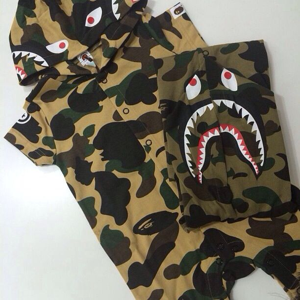 a89dfb12c96a Onesie Shark hoody Bape Kids