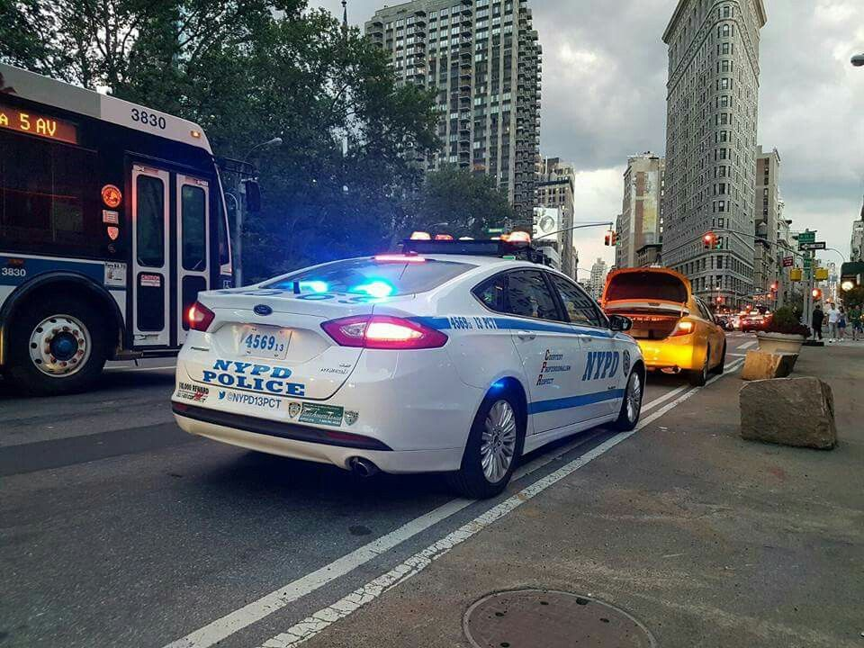 Nypd Ford Fusion 2 With Images Police Cars Police Emergency