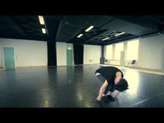 Vittoria Lasorella Dance Warm Up Routine - dynamic stretch and warm-up