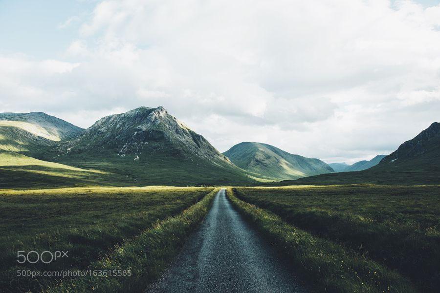 Glen Etive Road by daniel-casson1 via http://ift.tt/29P52yn
