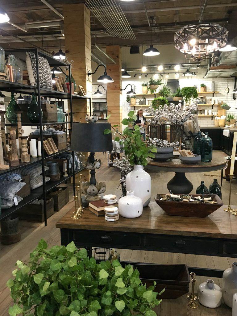 Magnolia in Waco, TX | interior design | Pinterest | Vitrinas y Deco