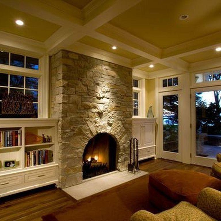 26 Awesome Traditional Stone Fireplace Decorating Ideas You Can Copy Decoratingideas Decoration Hom Traditional Family Rooms Family Room Family Room Design