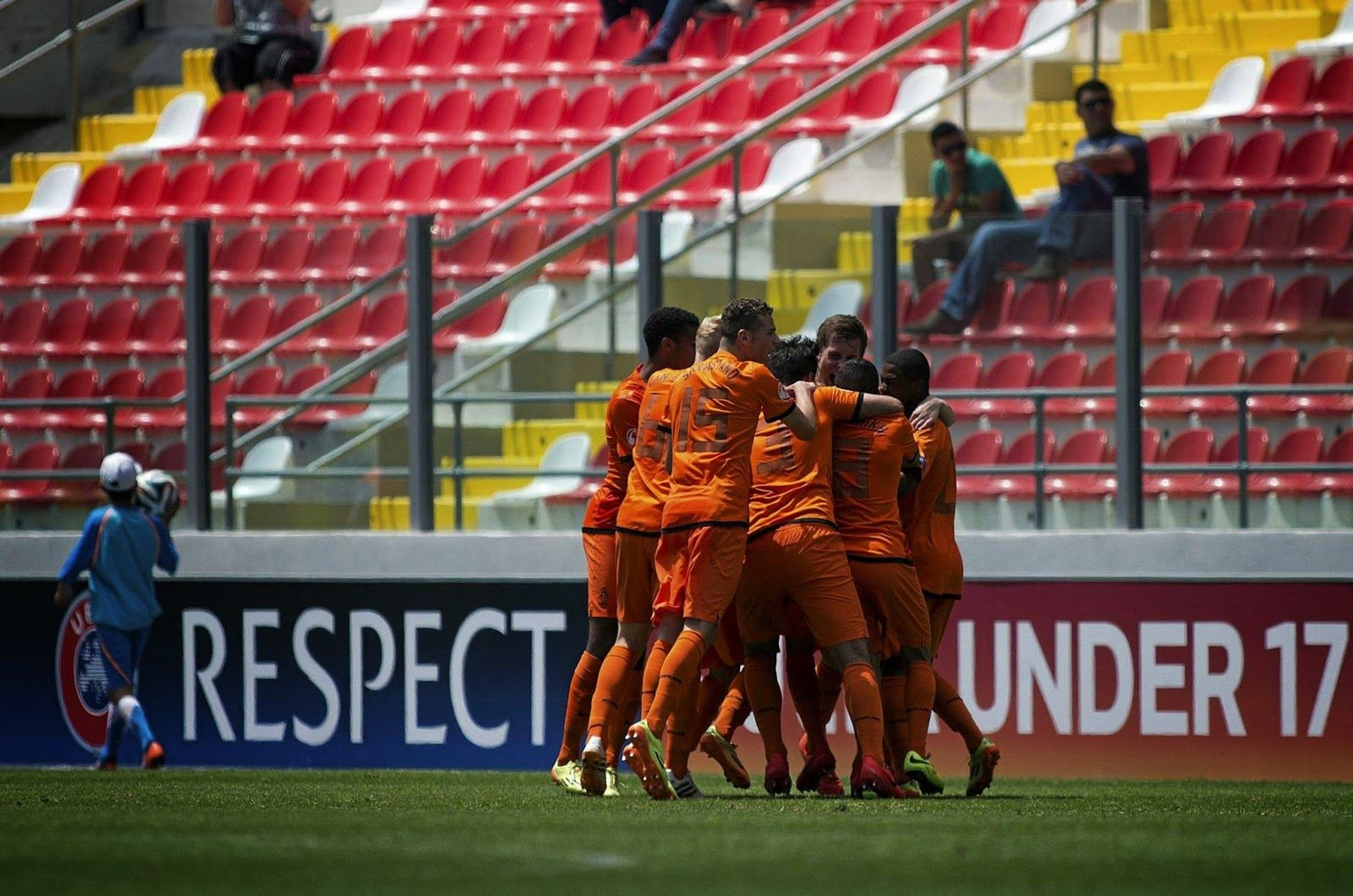 Futbolli Hollandez: Kampionati Europian Under 17: Hollanda - Skocia 5-...