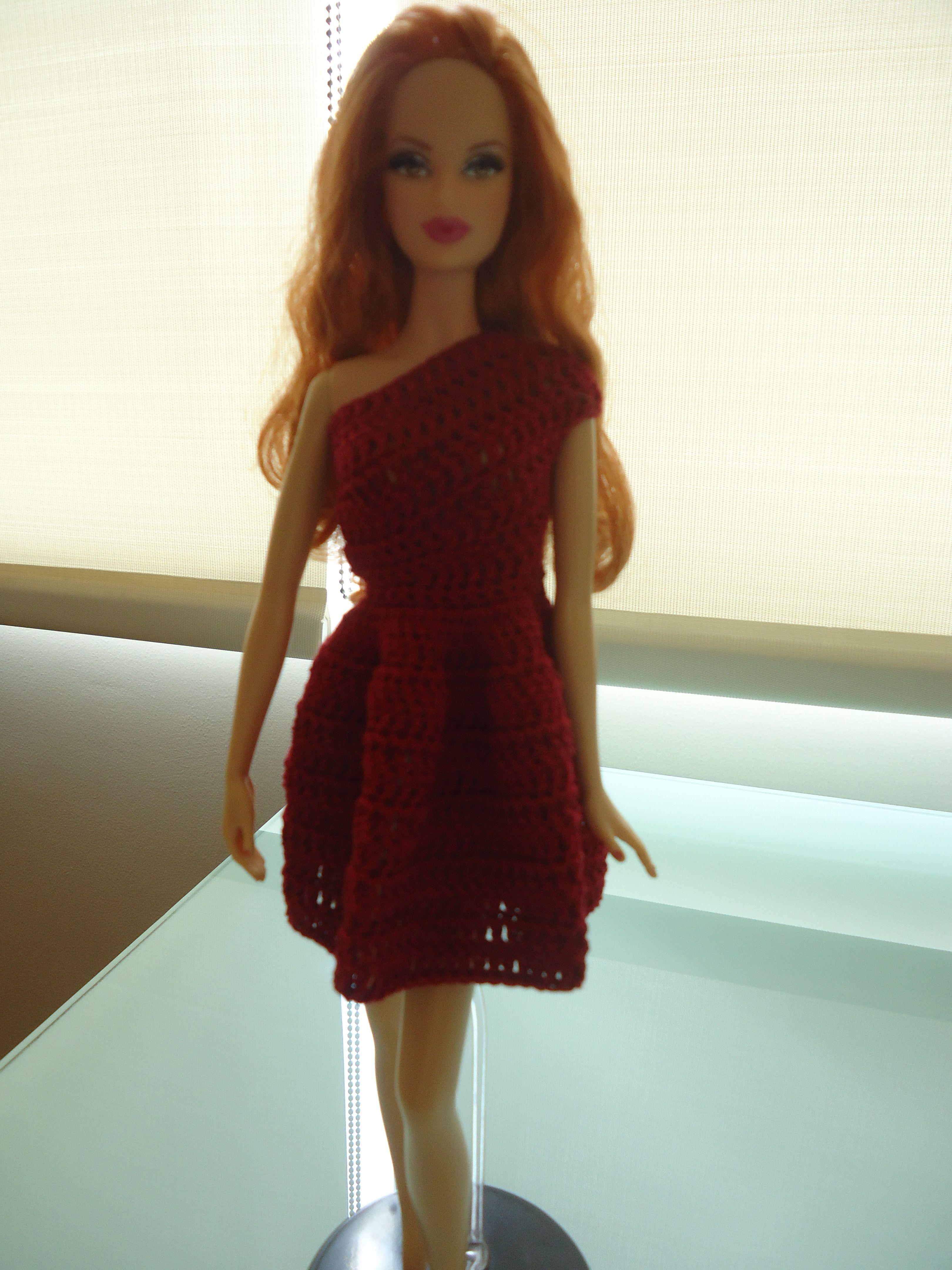 Barbie One-Shoulder Day Dress (Free Crochet Pattern) | Barbie und Häkeln