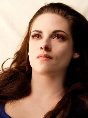 Bella reborn. Breaking Dawn. I've probably already pinned this picture, but I just love it too much!!!