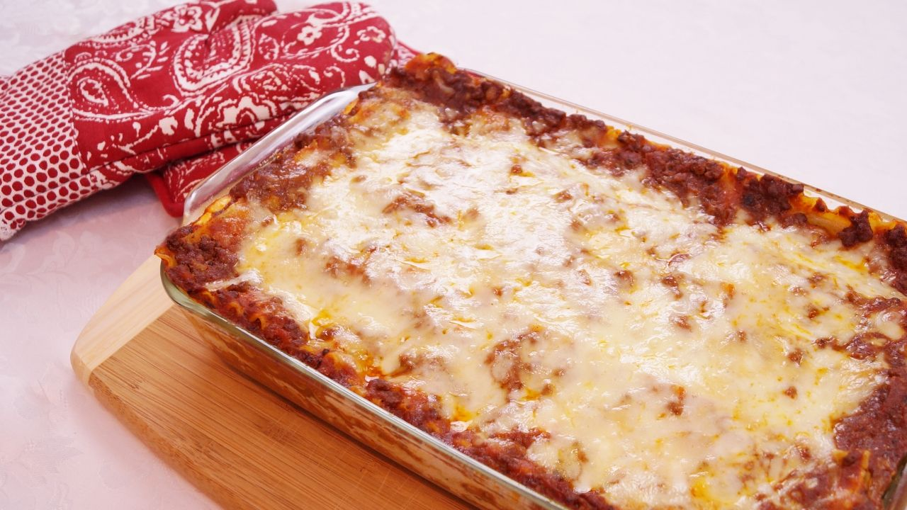 Beef and cheese lasagna recipe baked dishes cheese