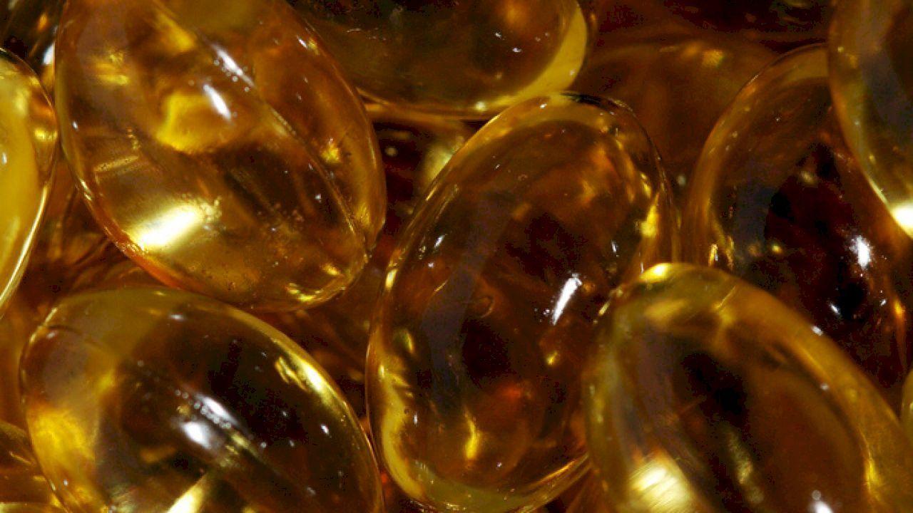 فوائد زيت السمك للحامل Fish Oil Oils