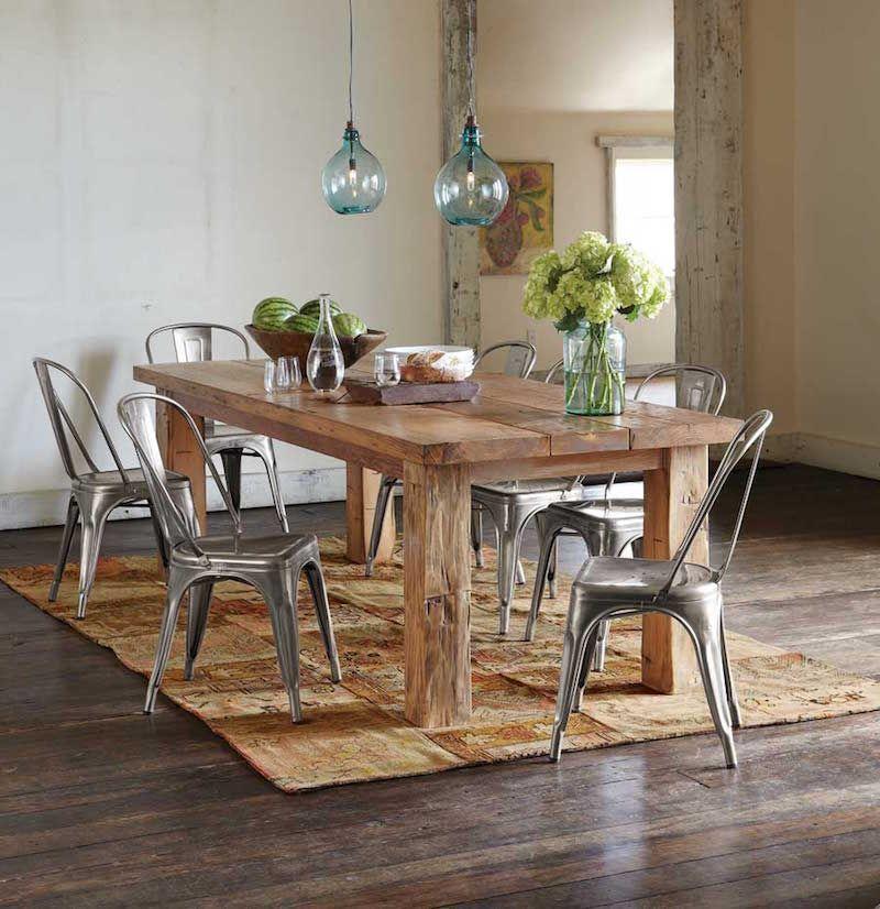 Grande Table A Manger En Bois Massif Chaises Metalliques