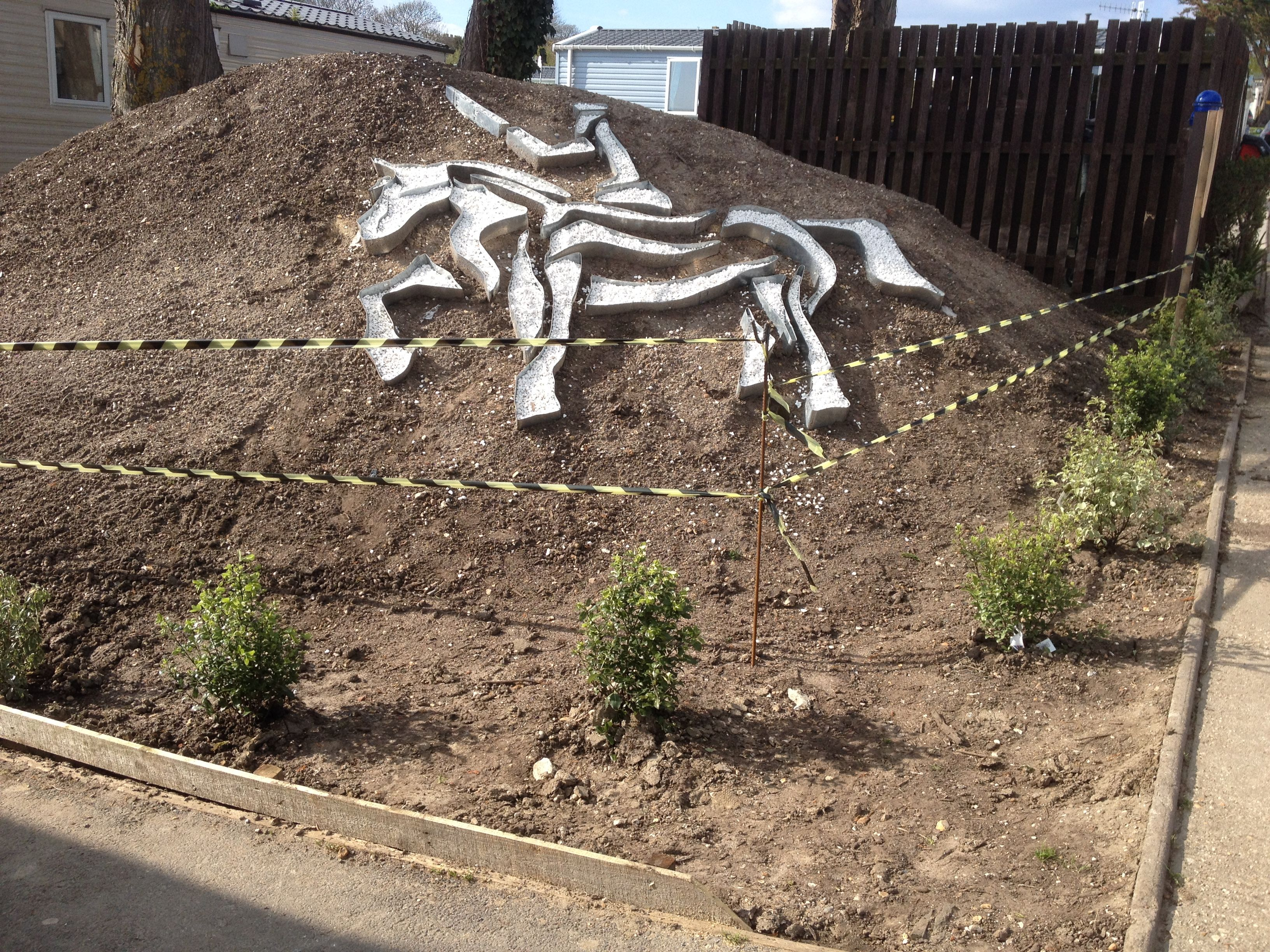 Get creative with steel lawn edging. Design possibilities are ...