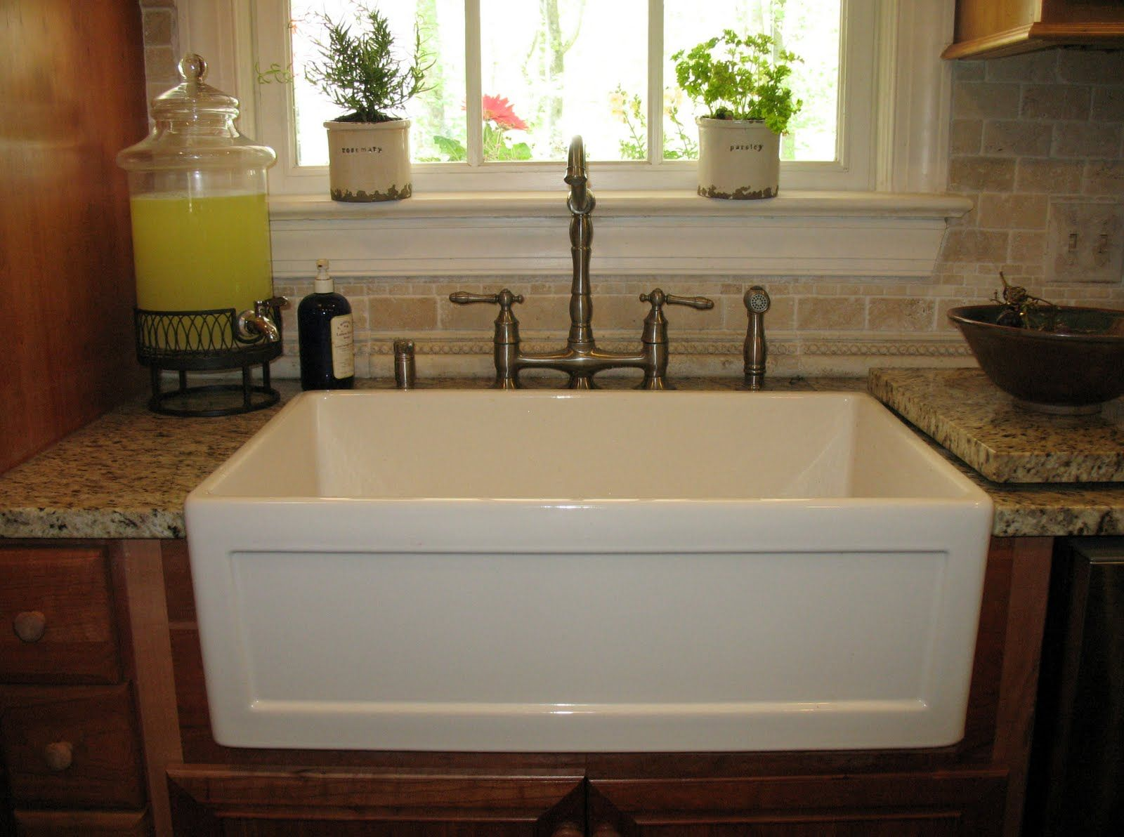 Rustic Farmhouse Sink Lowes With Vintage Sink And Interesting ...