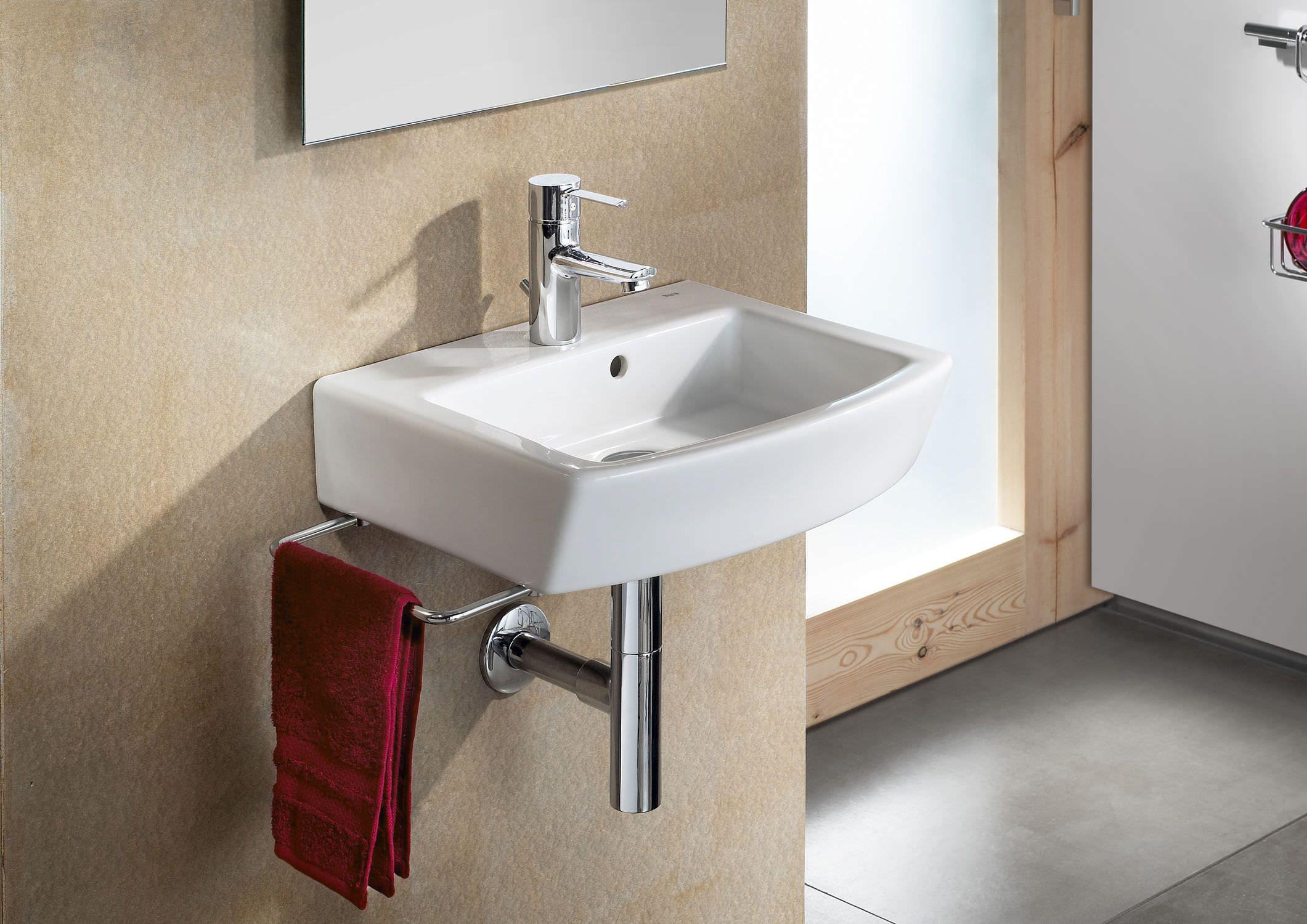 Lavamanos 450 serie hall con toallero bathroom for Lavamanos roca