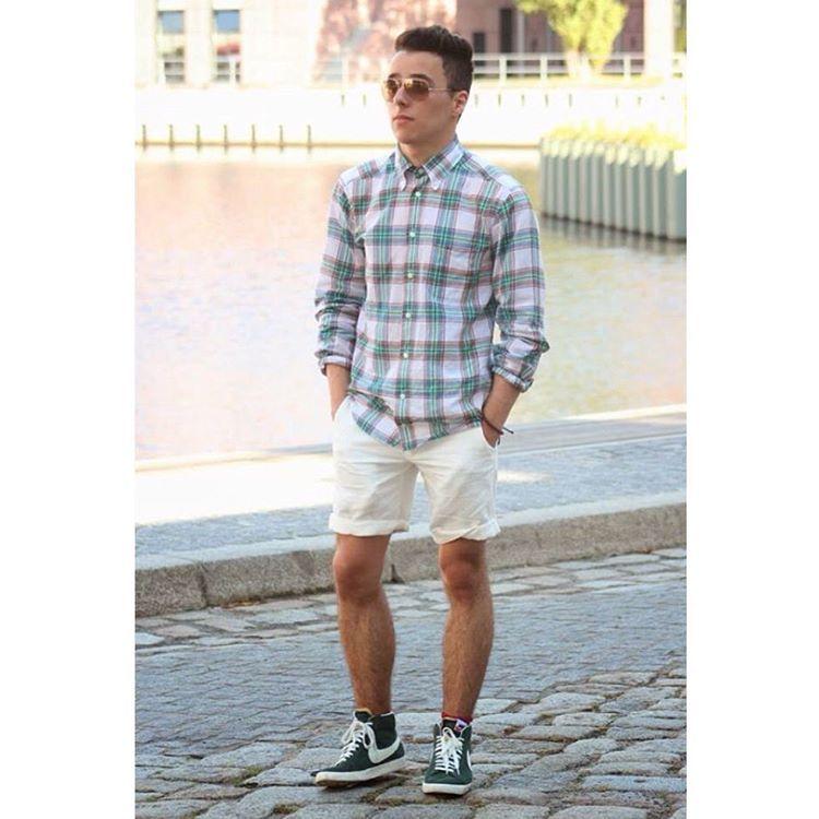 sneakers-shorts fashion