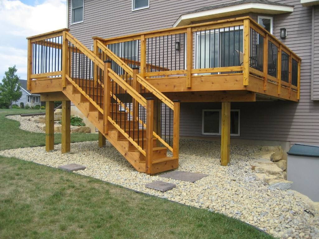 Deck stair railing design ideas visit many deck railing for Deck designs for small backyards