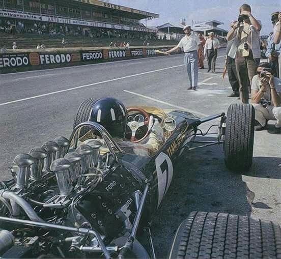 Graham Hill Lotus 49 Le Mans 1967