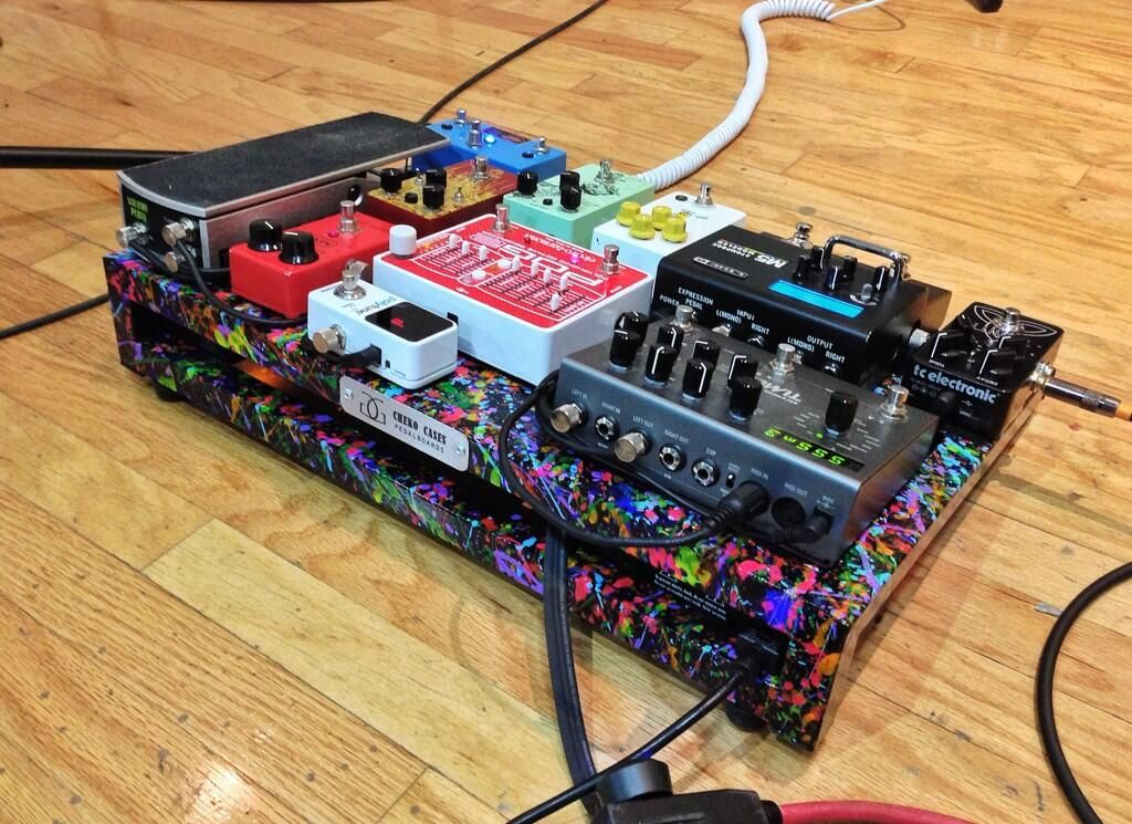 A nice colorful pedalboard from cheko cases guitar