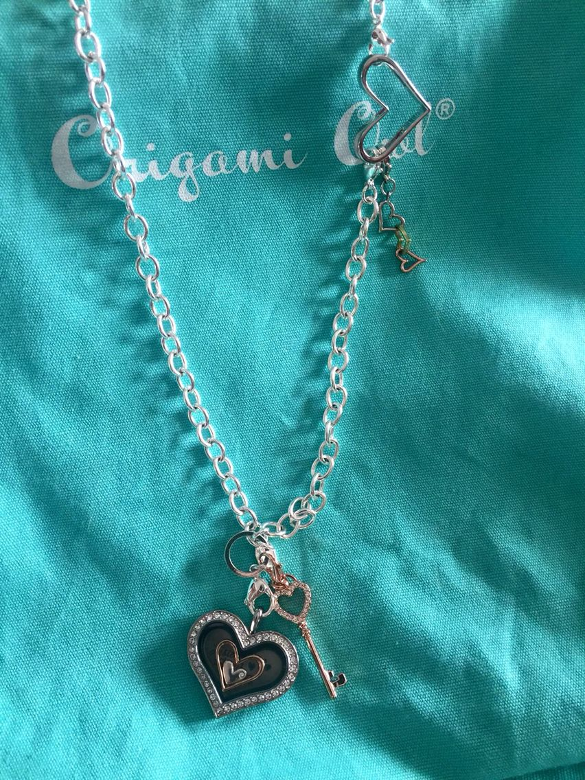 Over the heart chain carriorigamiowl origami owl lockets origami owl lockets jeuxipadfo Images