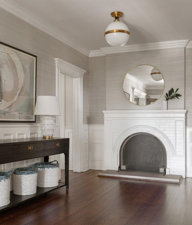 Platinum Gray Grasscloth Wallpaper With Wainscoting Transitional Entrance Fo Platin Grey Grasscloth Wallpaper Dining Room Wallpaper Grasscloth Wallpaper