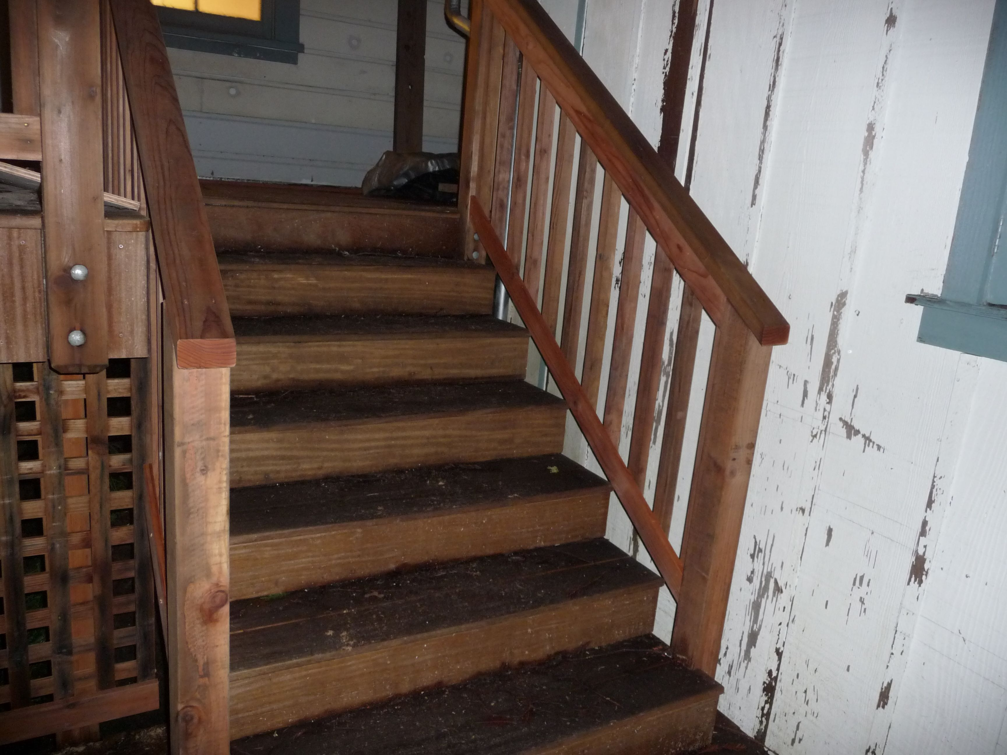 Wood Deck Stair Railing View 100s Of Deck Railing Ideas Http://awoodrailing.