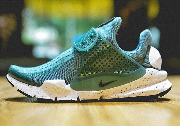 Upcoming Colorways Of The Nike Sock Dart SE - SneakerNews.com