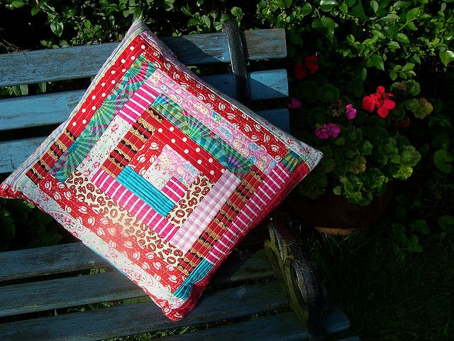 log cabin cushion | Flickr - Photo Sharing!