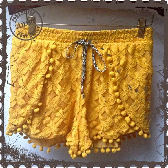 Mustard Yellow Shorts with Pompoms and Lace NWOT! Sunflower Yellow with black, yellow and off-white accent tie. -dress up or dress down. Shorts