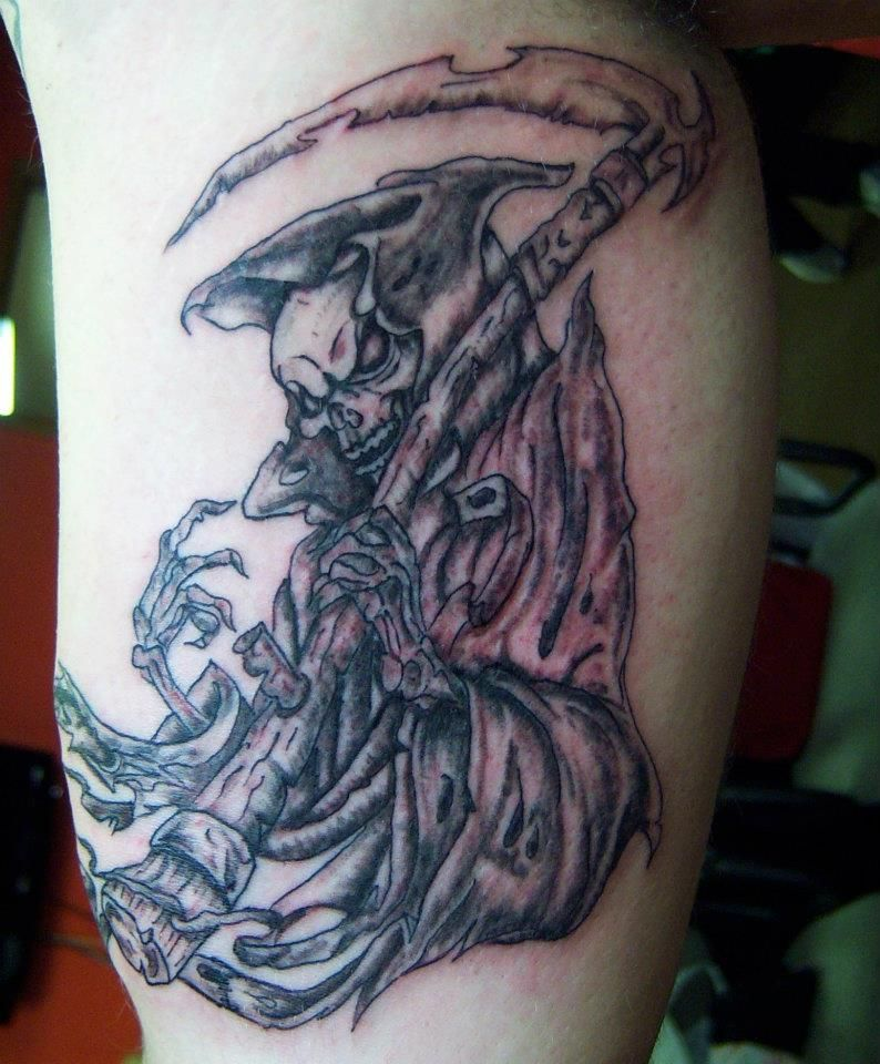 By Mike Hill @ Flesh to Fantasy Tattoo Emporium in Bellefontaine, Ohio 937-599-2258