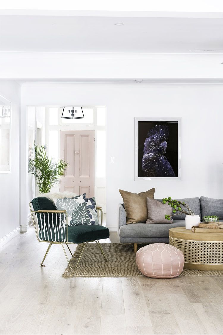 Character home also best art in the living room above couch images rh pinterest