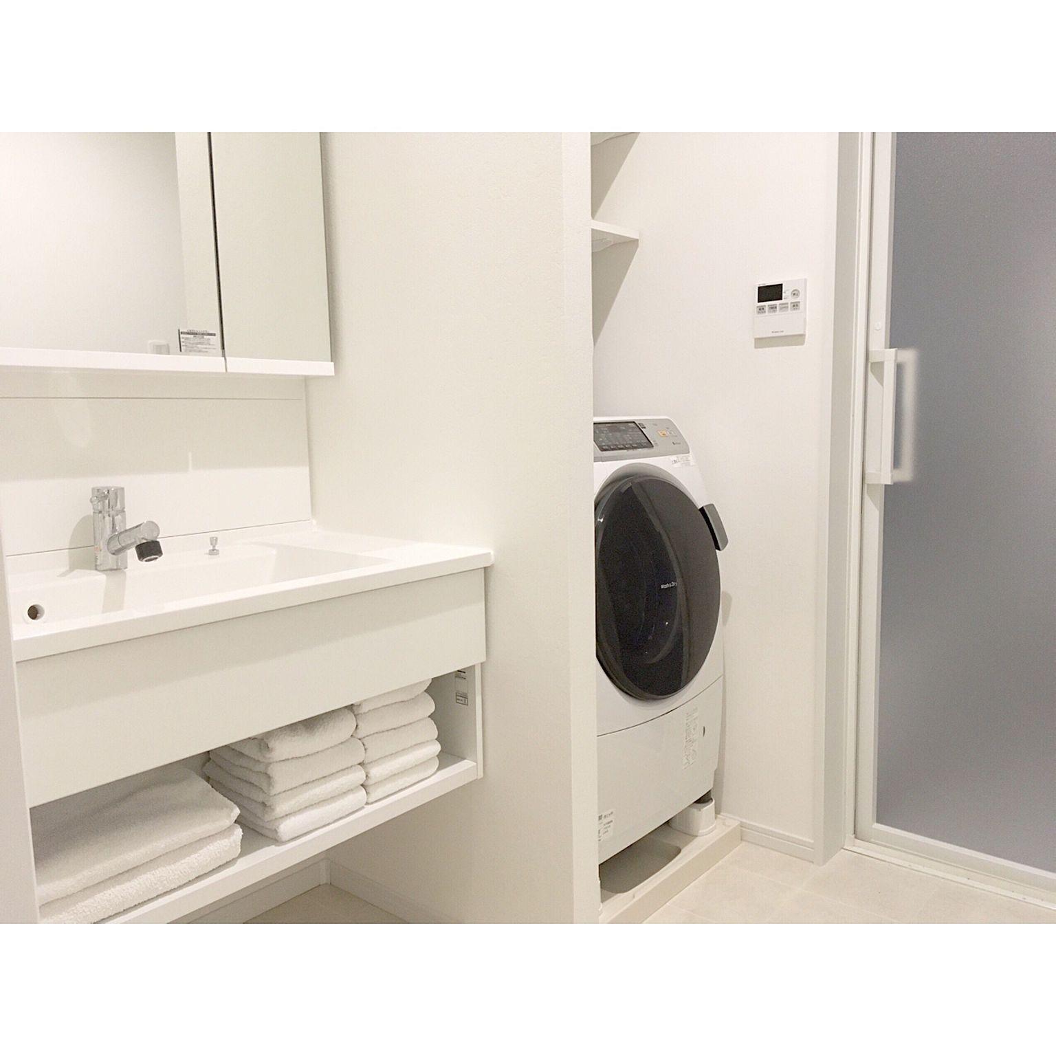 バス トイレ ドラム式洗濯機 袖壁 ホテルライク 洗面台 などのインテリア実例 2017 12 04 02 08 07 Roomclip ルームクリップ 洗面台 現代的なバスルーム ドラム式洗濯機