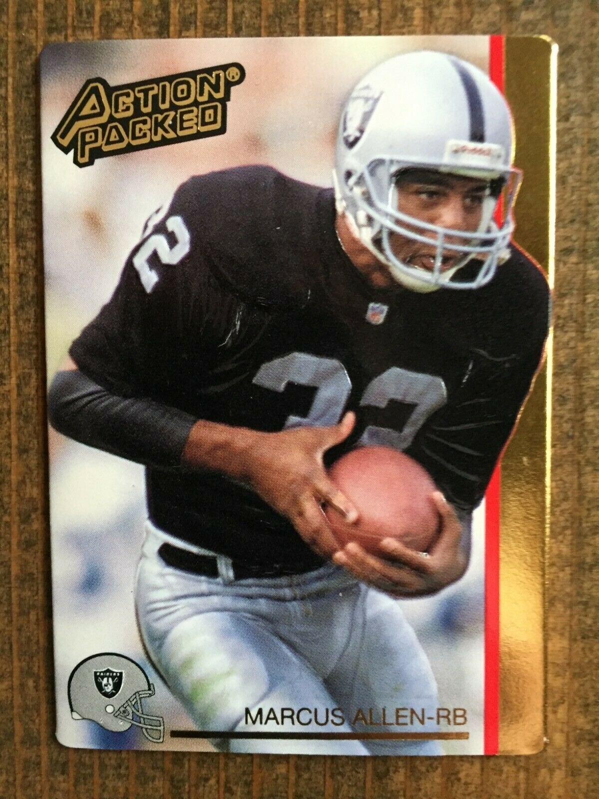 1992 Hi Pro Action Packed Marcus Allen Raiders Hall Of Fame Nm Nice In 2020 Football Helmets Football Cards Marcus Allen