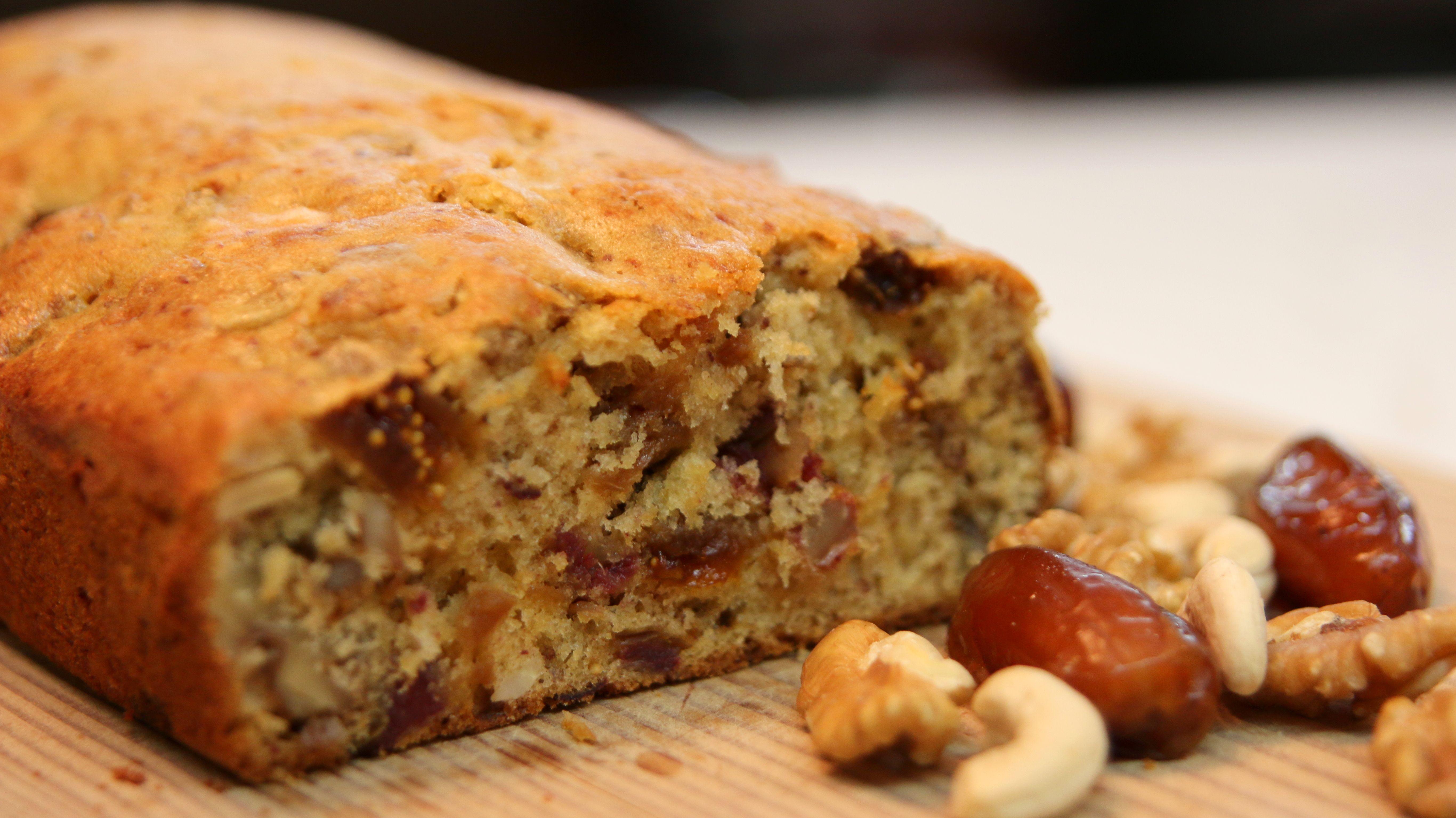 Date and Fig Cake Recipe