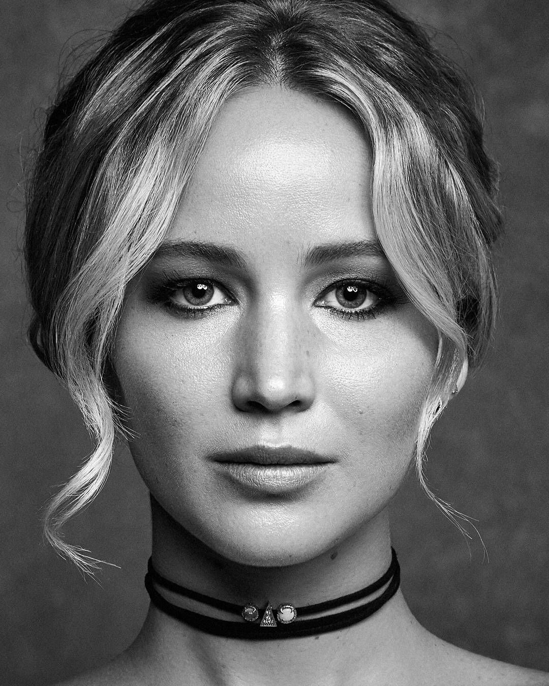 Female Celebrity Black And White Portrait Photo
