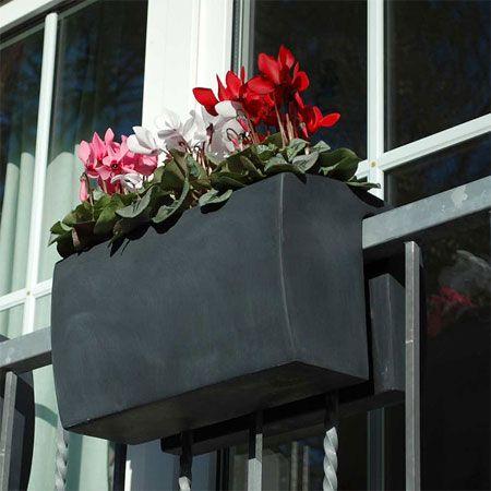 balkon ideen blumenkasten gelander | möbelideen, Gartengerate ideen