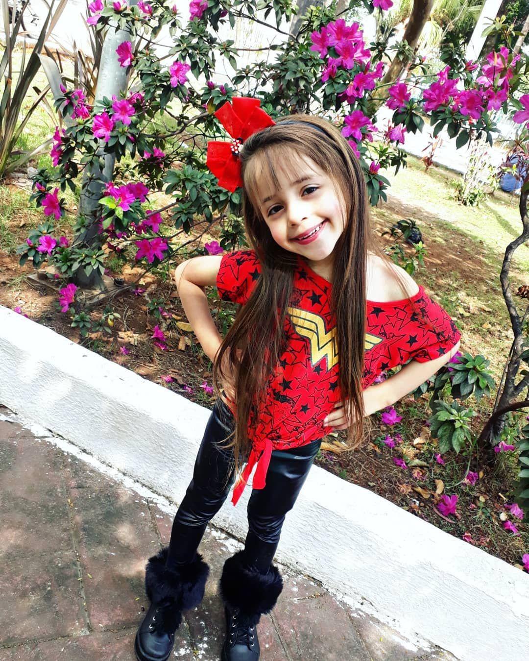 #baby #love #family Um final de semana cheio de amor para vocs ......#mundorosa #maedemenina #babygirl #maternidade #princesa #fashion #baby #mundoazul #love #maternidadereal #modainfantil #kids #lookdodia #maedeprimeiraviagem #menina #minifashionista #instababy #moda #lojainfantil #laos #maedeprincesa #bebe #minidiva #meninas #instakids #blogueirinha #maedemenino #fashionkids #crianas #cute