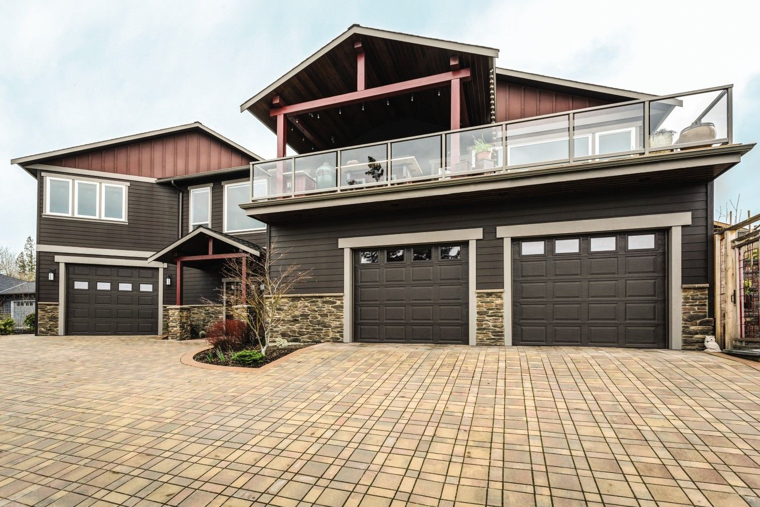 Beautiful Home With Our Thermacore Insulated Steel Garage Doors