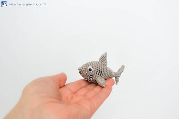 PATTERN: Shawn the shark Crochet shark pattern amigurumi | Etsy | 380x570